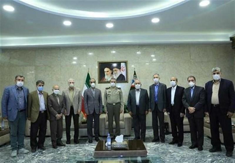 سرلشکر موسوی با جمعی از پیشکسوتان دفاع مقدس ارتش دیدار کرد