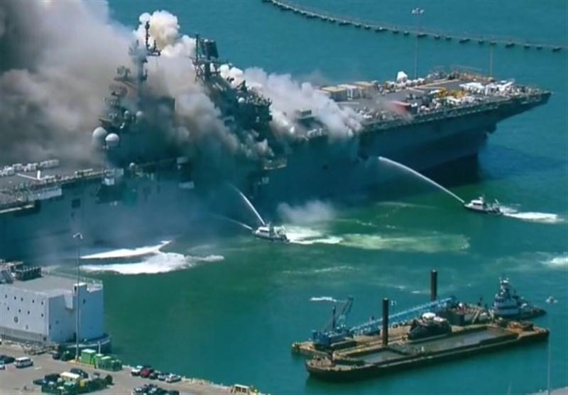 انفجار و آتشسوزی در کشتی جنگی نیروی دریایی آمریکا در بندر سن دیگو+فیلم
