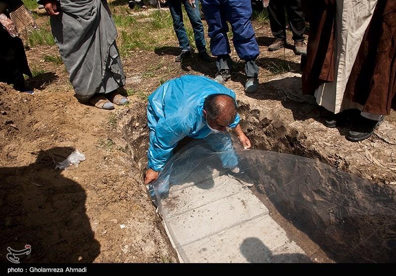 کفن و دفن متوفیان در اهواز نسبت به قبل از همهگیری سه برابر شده است