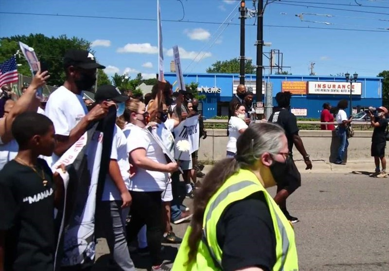 Hundreds Take Part in March against Police Brutality in St. Paul (+Video)