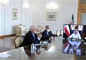 ظریف یؤکد على تعزیز العلاقات بین ایران والکویت