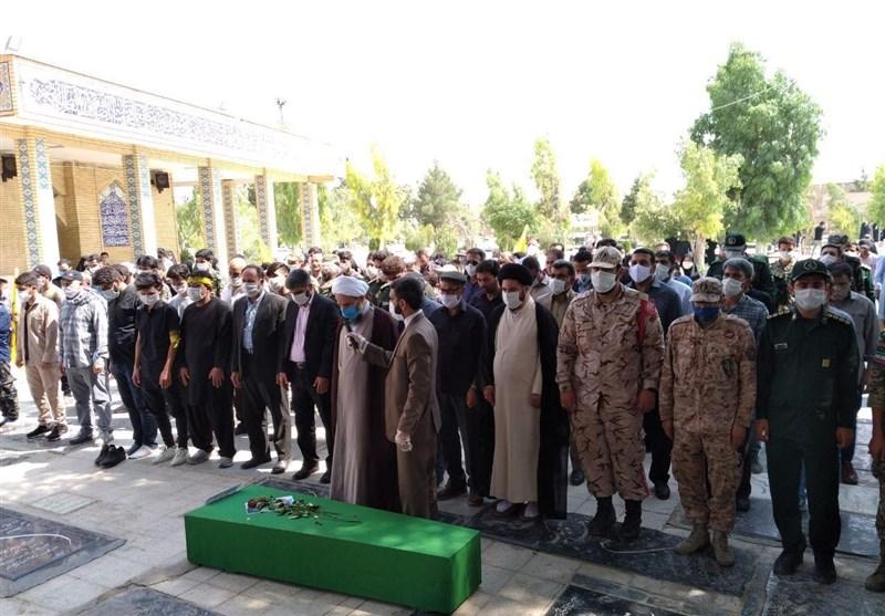 تهران| پیکر شهید مدافع حرم محمد نوری در قرچک ورامین تشییع و خاکسپاری شد