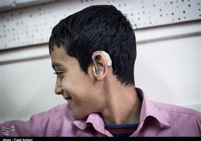 تامین سمعک ناشنوایان در اصفهان / زمان طلایی غربالگری شنوایی قبل از یک ماهگی است