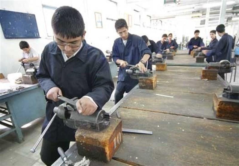 تحصیل۶۴درصدی دانش آموزان درفنی وحرفه ای