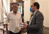 مدیر عامل مؤسسه هنرمندان پیشکسوت به دیدار جمشید هاشمپور رفت