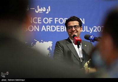 نشست خبری سیدعباس موسوی سخنگوی وزارت امور خارجه در اردبیل