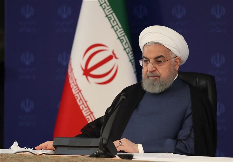 روحانی: امروز در بخش اعظمی از محصولات پتروشیمی بینیاز هستیم