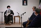 رهبر معظم انقلاب: جمهوری اسلامی ایران قطعاً ضربه متقابل را به آمریکاییها خواهد زد
