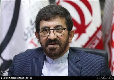 طاهری: مفاهیم انقلاب اسلامی با سکولاریسم منافات دارد/ هیئتها و مداحان سیاسیاند، حزبی نیستند