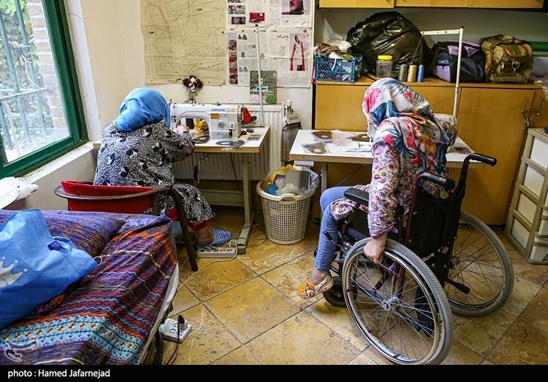 خدمات ستاد اجرایی فرمان امام در روز معلولان؛ اعطای جهیزیه، بستههای معیشتی و بهداشتی و ویلچر