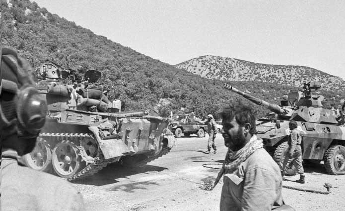 مروری بر کتاب «مخابرات در جنگ»|نقشآفرینی ویژه واحد مخابرات سپاه در عملیات مرصاد چه بود؟