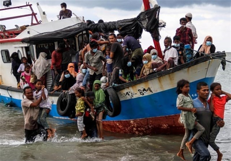 Over 20 Rohingya Migrants Feared Drowned Off Coast of Malaysia