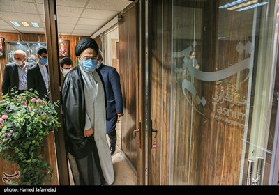 حضور حجتالاسلام والمسلمین سید عبدالفتاح نواب نماینده ولی فقیه در امور حج و زیارت در خبرگزاری تسنیم