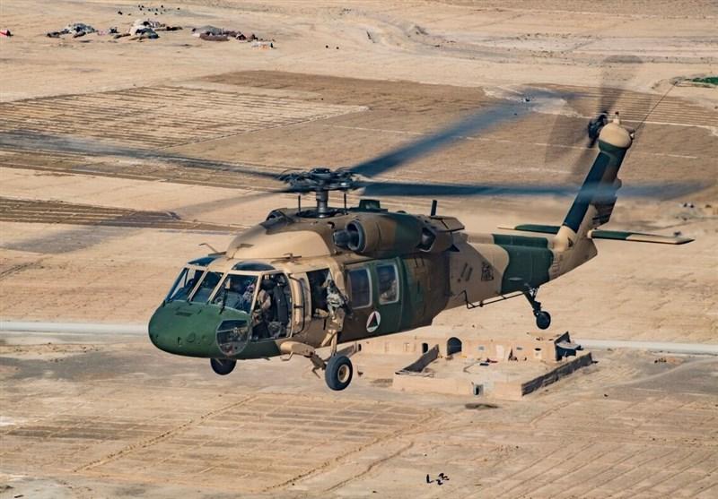 سرنگونی بالگرد ارتش افغانستان توسط طالبان