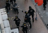 Police Officers Use Pepper Spray on Retreating Protesters in Seattle (+Video)