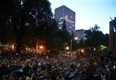 Portland Demonstrators Mass outside Courthouse (+Video)