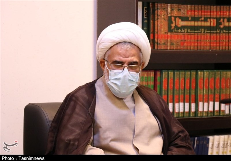 """نماینده ولیفقیه در استان هرمزگان: """"فقر و محرومیت"""" از چهره هرمزگان زدوده شود"""