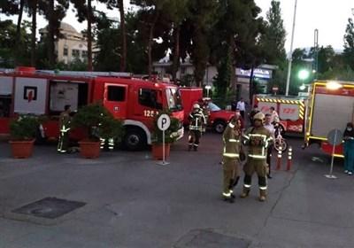 مهار آتشسوزی جزئی در بخش غیرپزشکی یک بیمارستان + تصاویر