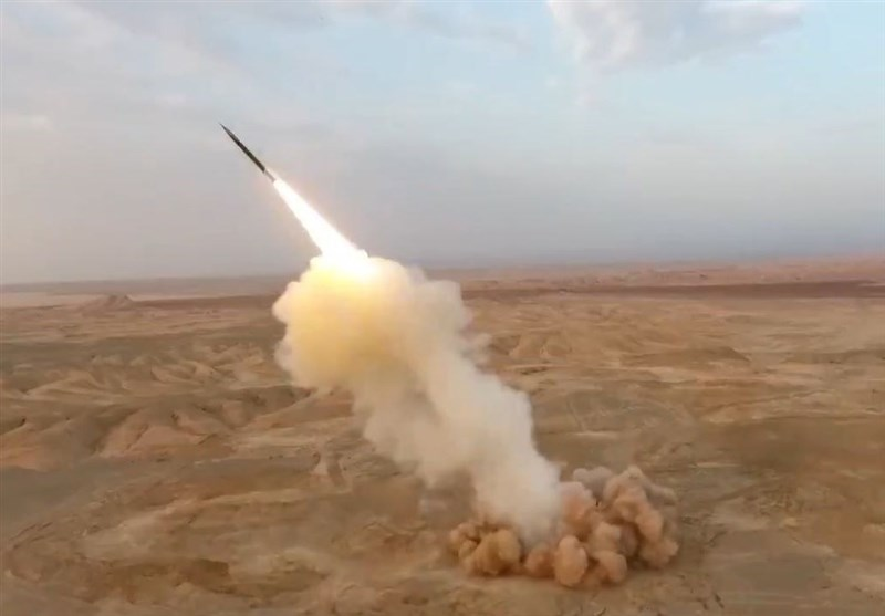 فیلم شلیک موشک های بالستیک سپاه از زیر زمین منتشر شد