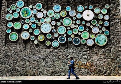 رنگ آمیزی المانهای شهری در تهران
