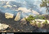 آتش مراتع طرهان همچنان شعلهور است؛ بالگرد اعزام شد