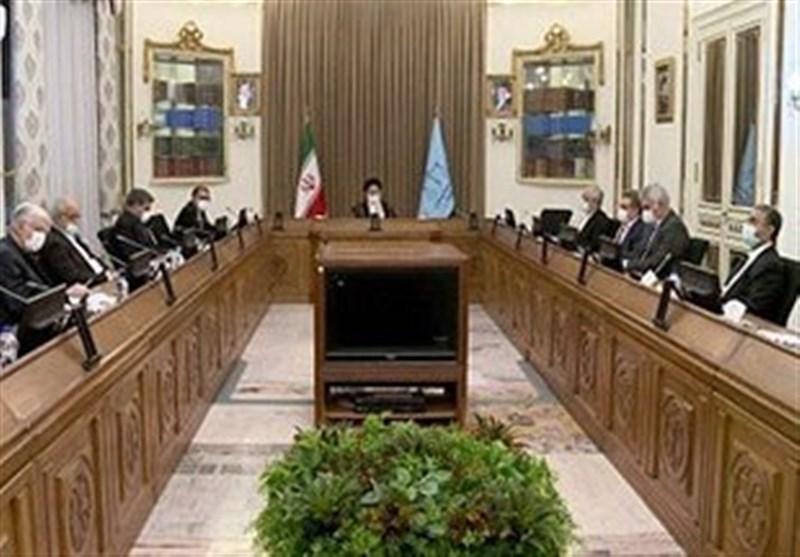 جلسه بانکیها با رئیس قوه قضائیه/ رئیس شورای هماهنگی بانکها:مبداء عمده تخلفات، خارج از نظام بانکی است