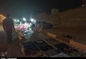 نان زنان سرپرست خانوار در شب بازار بندرعباس آجر شد/ چرا مسئولان شهرداری و فرمانداری بیتفاوت شدهاند؟