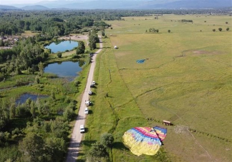 A Dozen People Hospitalized after Hot Air Balloon Crash in Wyoming