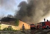 """فیلم و تصاویر از آتشسوزی گسترده در """"شهرک صنعتی جاجرود"""""""