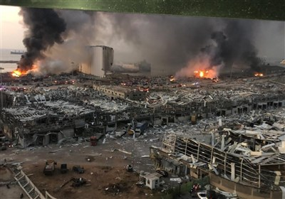 لحظة الانفجار الهائل الذی هز مرفأ بیروت