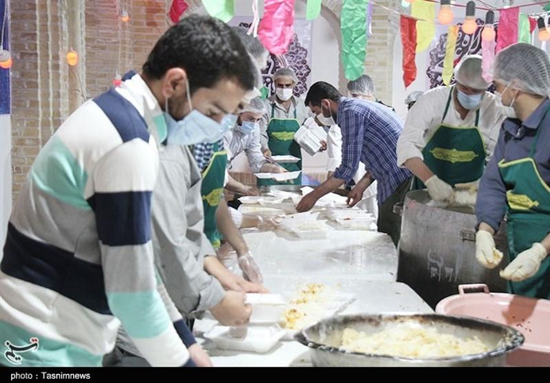نیازمندان استان آذربایجان شرقی در قالب طرح اطعام مهدی کمکرسانی میشوند