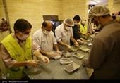ستاد اجرایی فرمان امام(ره) بوشهر 110 هزار پرس غذای گرم طبخ و توزیع میکند