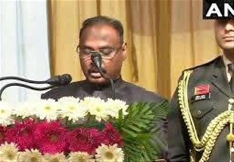 بھارتی حکومت کی ظالمانہ پالیسیوں پر اختلاف، مقبوضہ جموں و کشمیر کے پہلے لیفٹیننٹ گورنر مستعفی