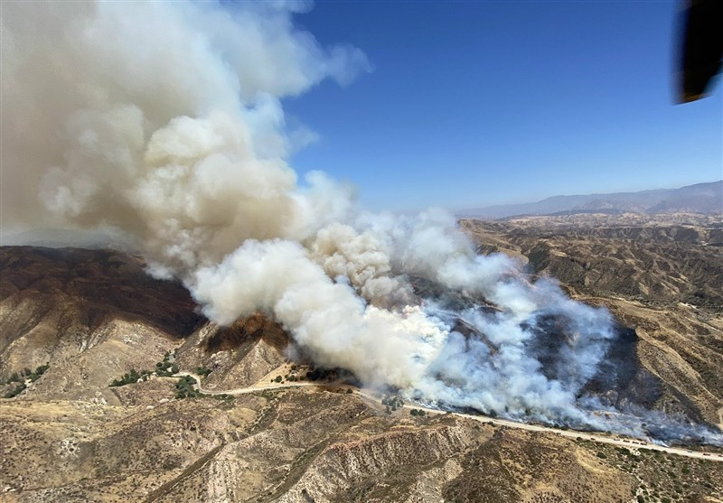 Evacuations Ordered in 150-Acre Los Angeles County Fire