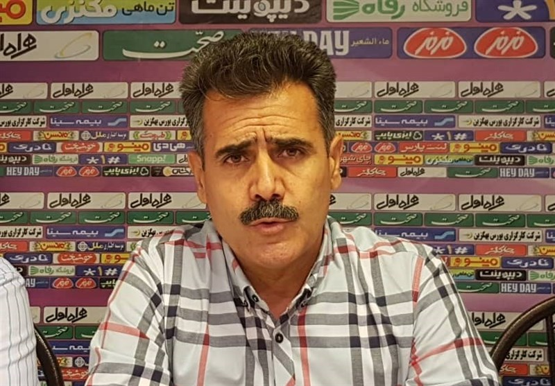 Pourmousavi Officially Appointed Sanat Naft Coach