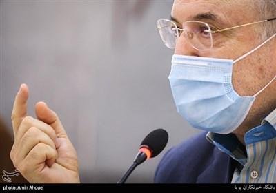 ابتلای وزیر بهداشت به کرونا صحت ندارد