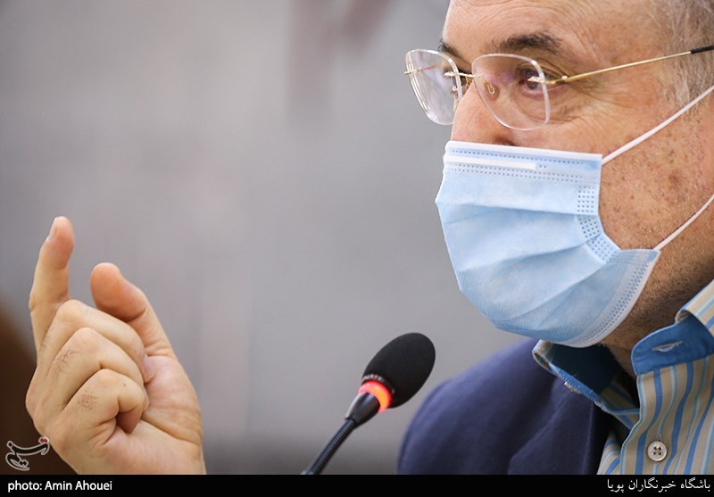 نمکی: در آینده یکی از کشورهای پیشتاز در دستیابی به واکسن کرونا خواهیم بود