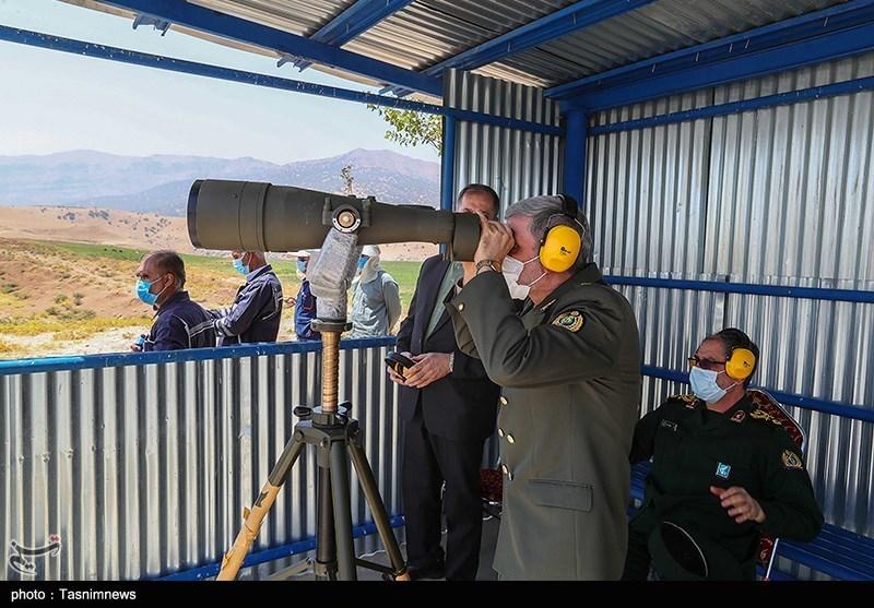 بازدید وزیر دفاع از میدان تست تانک های نیروی های مسلح