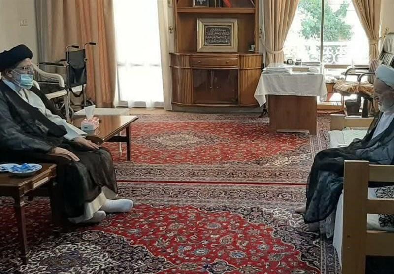 قم| رئیسی با رئیس جامعه مدرسین دیدار کرد/ آیتالله یزدی: شروع مبارزه با فساد از خود قوه قضائیه اقدامی امیدآفرین است