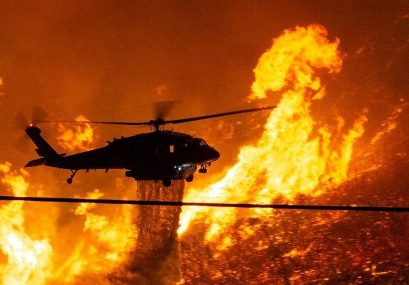 Wildfire North of Los Angeles Continues to Rage (+Video)