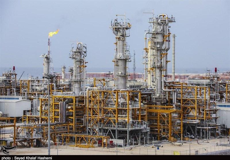 بوشهر| 16 پالایشگاه گاز و مجتمعهای پتروشیمی در پارس جنوبی راهاندازی شد