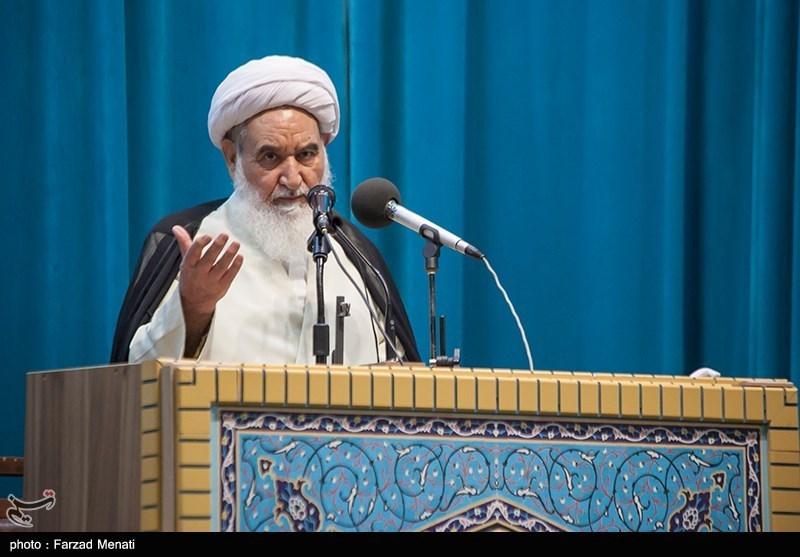 امام جمعه کرمانشاه: ایستادگی ملت ایران در دفاع مقدس بهواسطه رهبری امام راحل بود