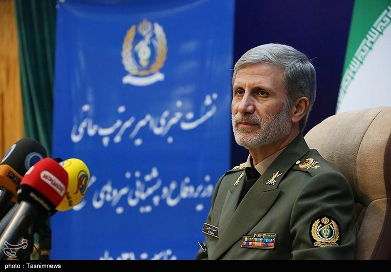 """وزیر الدفاع لـ """"تسنیم"""": صواریخ """"الشهید سلیمانی"""" و """"أبو مهدی"""" جعلت القوات المسلحة أکثر قدرة"""
