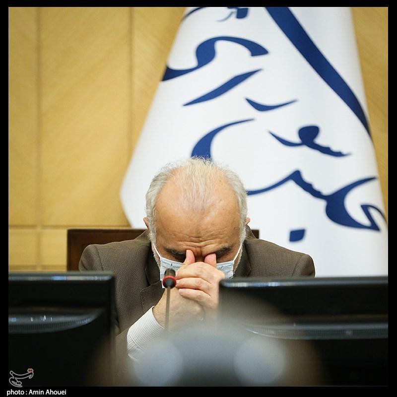 دژپسند درباره شبهات بازار سرمایه شفافسازی کند/ ۹ پرسش بورسی از وزیر اقتصاد