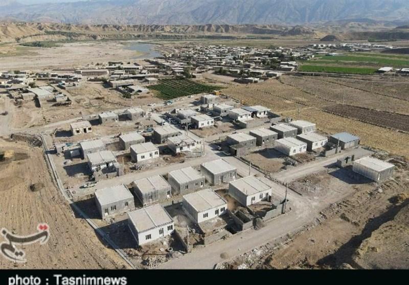 افتتاح 34 واحد مسکونی روستای سیلزده چم مهر پلدختر توسط آستان قدس رضوی + تصاویر