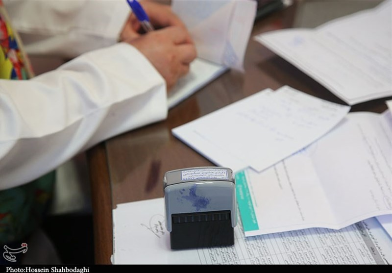درخواست از رئیس جمهور برای رسیدگی به بحران کمبود پزشک/ نیمی از مردم ایران فقط به 16 درصد از پزشکان کشور دسترسی دارند