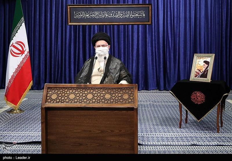 الإمام الخامنئی: لا یجب ربط اقتصاد البلاد بالتطورات الخارجیة بأی شکل من الأشکال