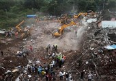Dozens Feared Trapped in Building Collapse in India (+Video)