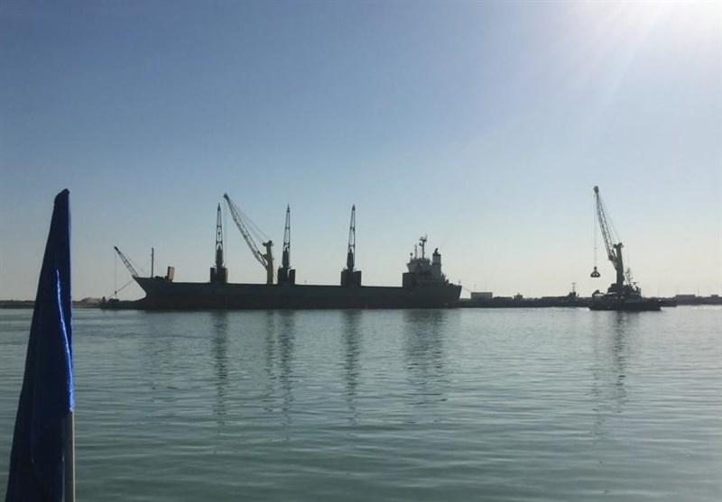 بستر لازم برای ورود و پهلوگیری کشتیهای 30 هزار تنی در بندر بوشهر فراهم شد