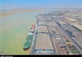 پهلوگیری کشتی حامل شکر در بندر امام / 68 هزار تن شکر خام به سراسر کشور ارسال خواهد شد